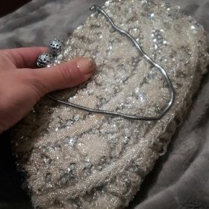 1950s Vintage Clutch *Detailed Bead Work!*